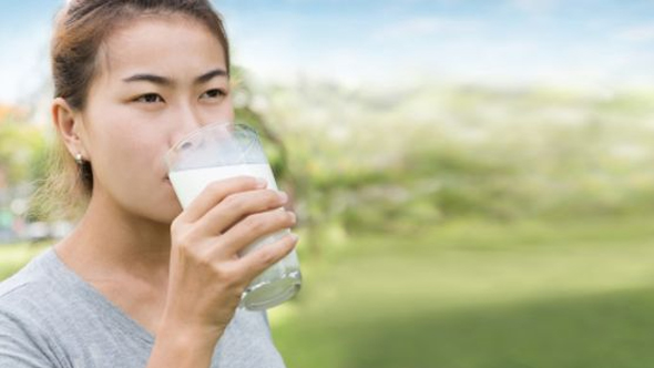 Benefits of Buttermilk in Hindi