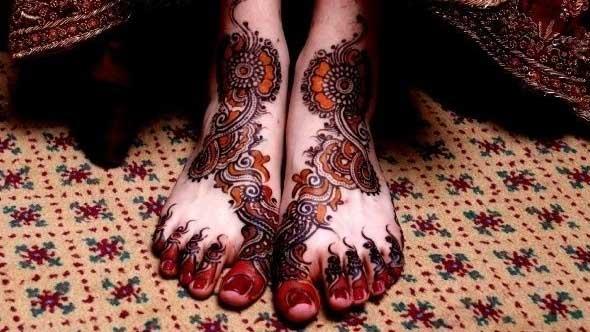 Bridal leg Mehndi