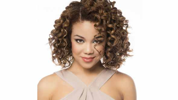 Curly Hairstyles - Side Parted Sweetheart