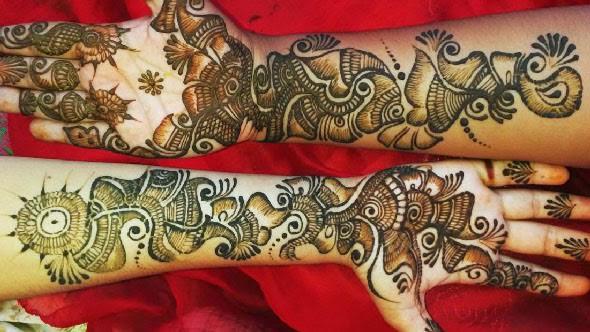 fullhand-mehndi-for-karva-chauth