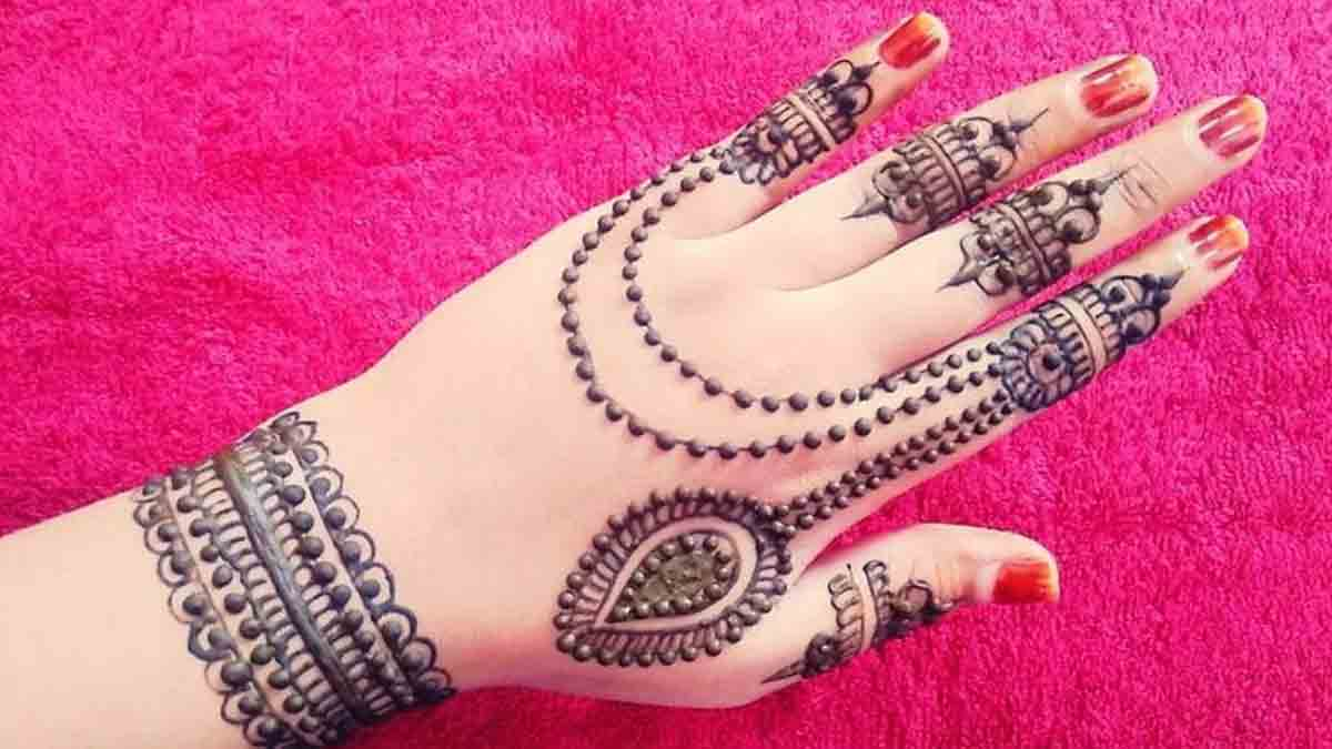 Hand-Jewelry-Mehndi-Design
